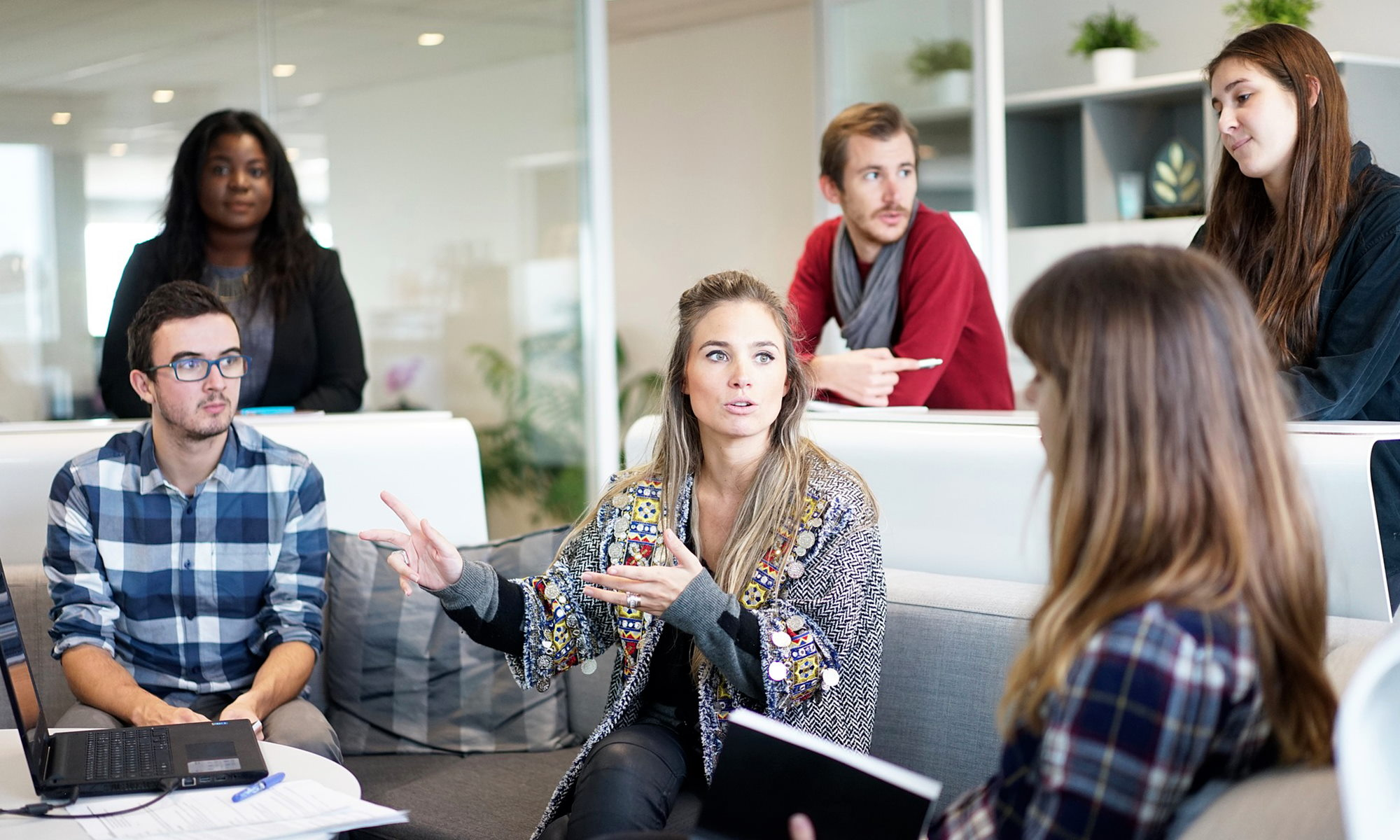 Les maladies graves, on en parle au bureau ou pas?/ Cancer du sein: 58% ont déjà caché une maladie à leur manager
